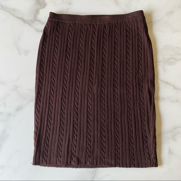 St. John Knits Vintage Cable Knit Skirt